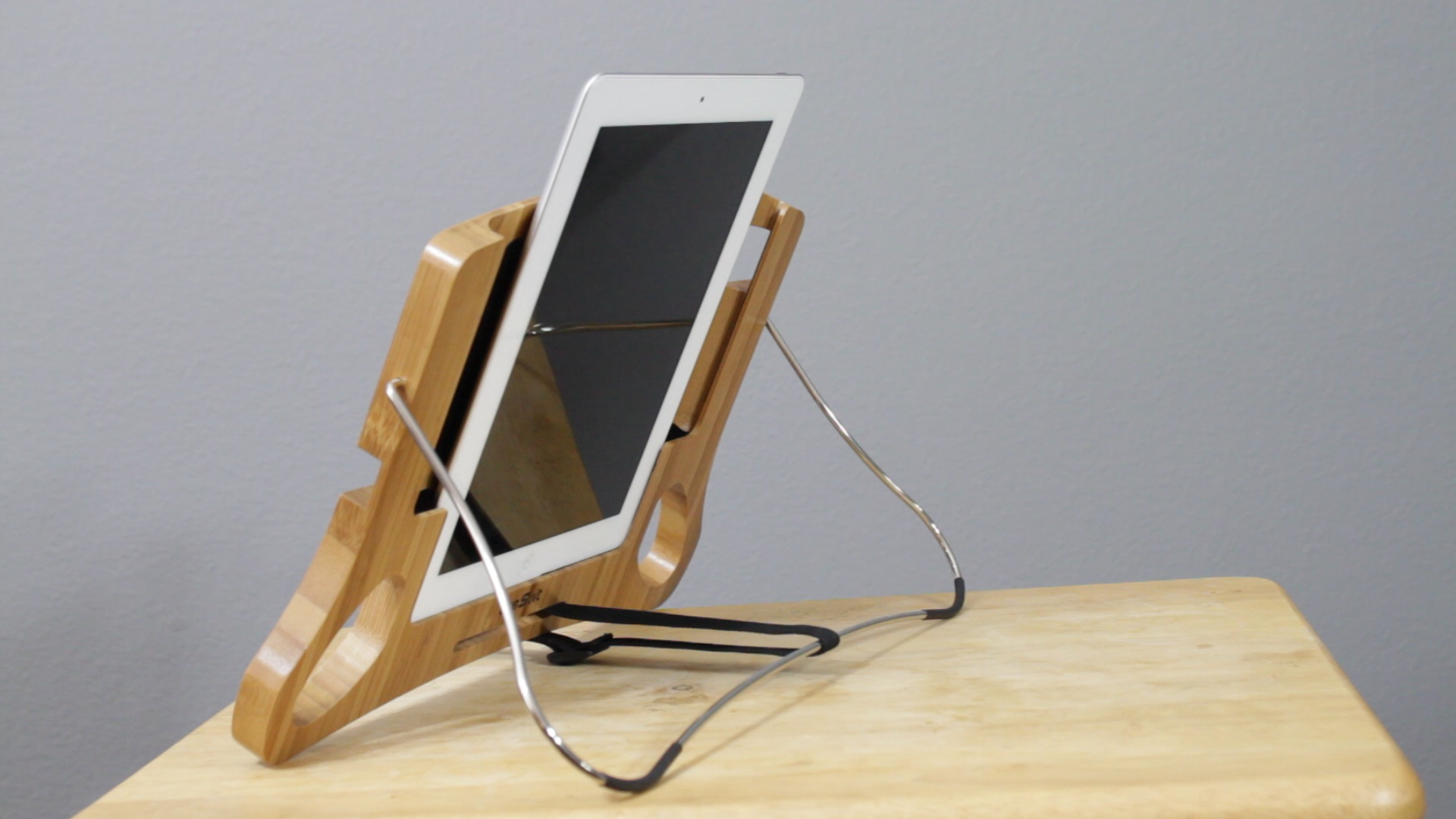 Video Review DreSuit S Bamboo Bed Stand For IPad Some